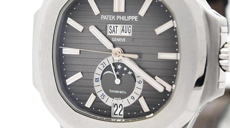 Tre klockor, tre auktioner